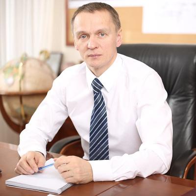 Иван Колесников — фильмы — КиноПоиск | 400x400
