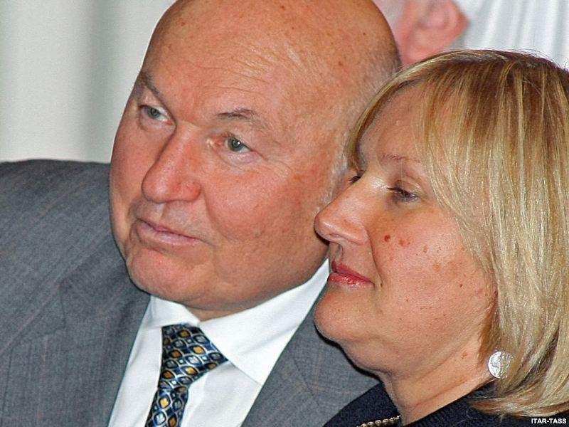 С женой Еленой Батуриной