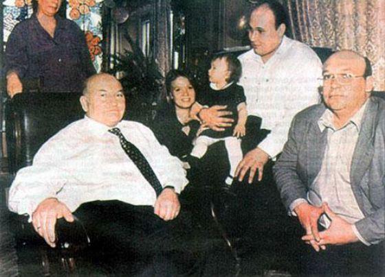 Юрий Лужков с сыновьями