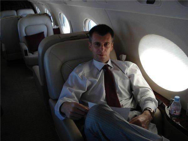 Прохоров в самолете
