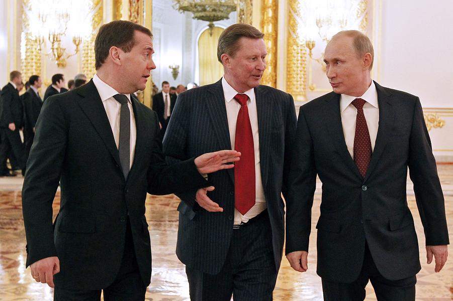Медведев, Иванов, Путин