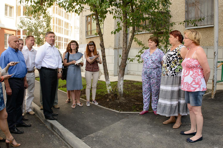 Владимир Владимирович посетил строящуюся школу