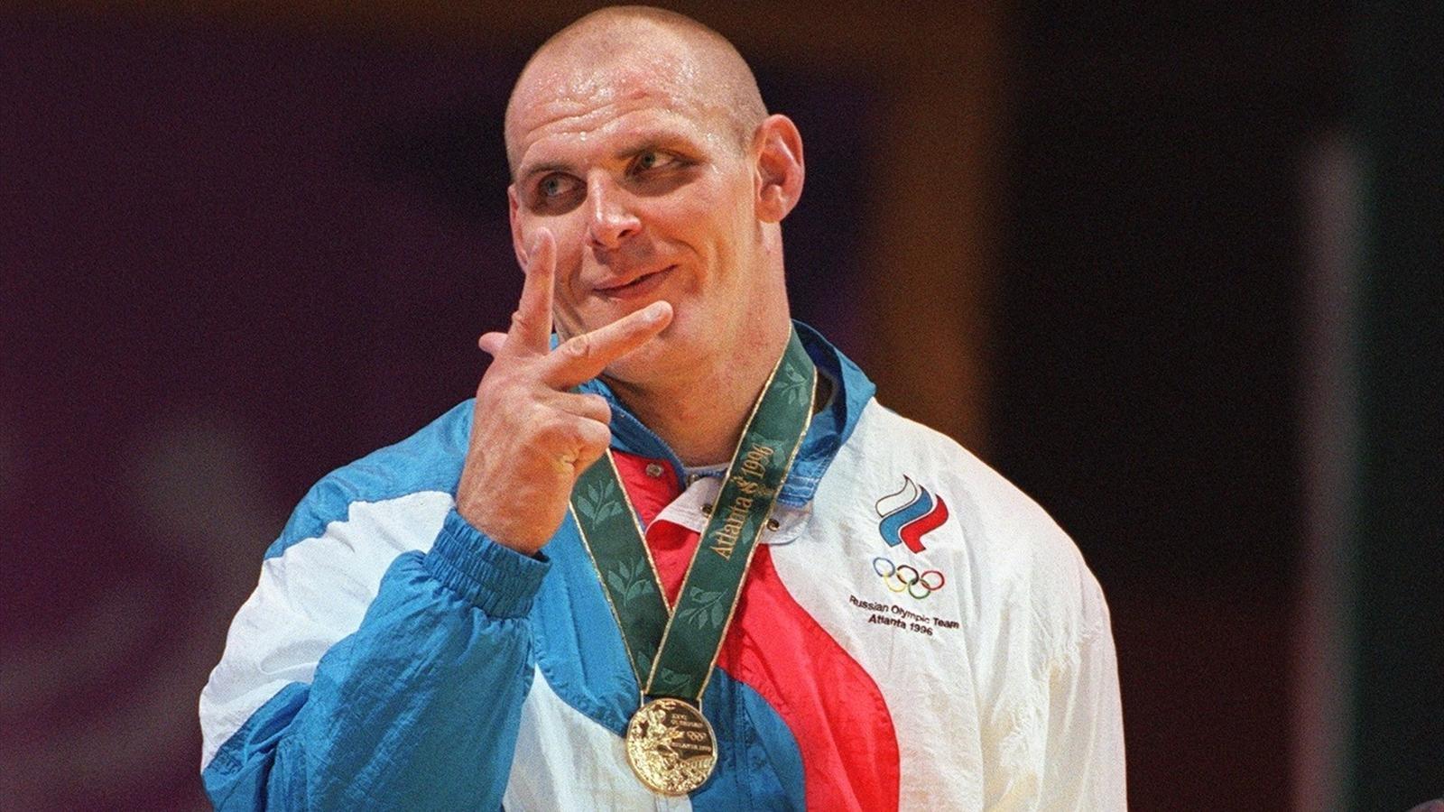 С олимпийской медалью