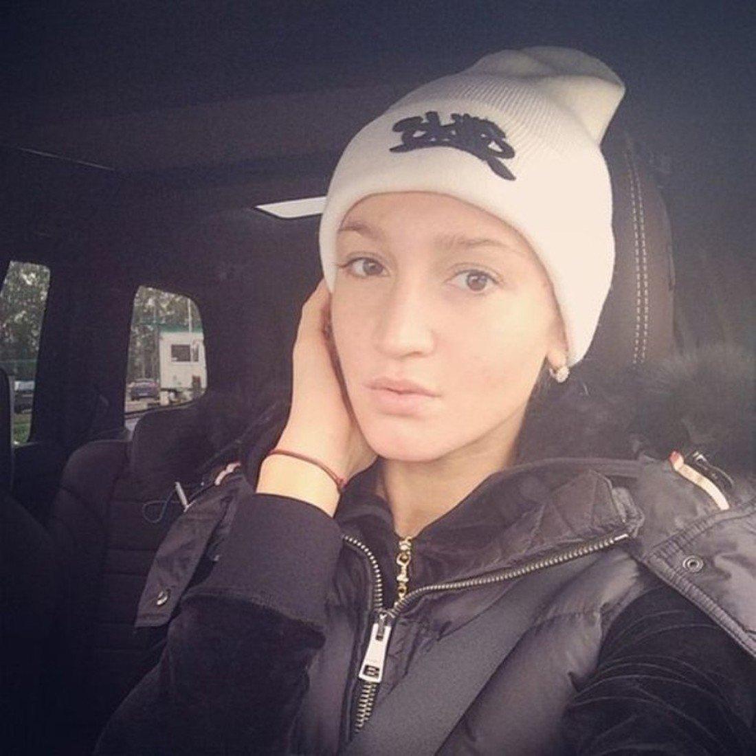 Ольга Бузова предстала перед телекамерами без макияжа