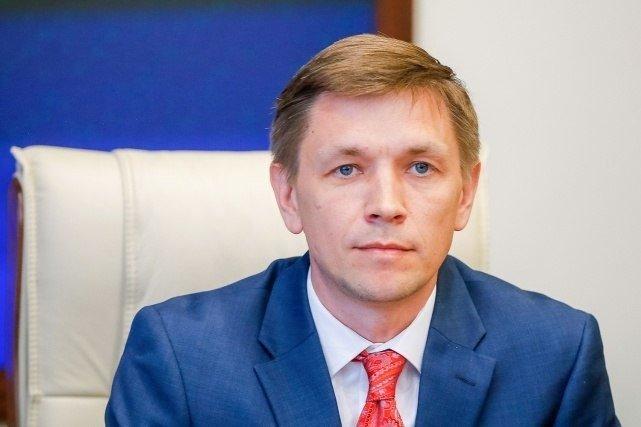 Министр цифрового развития, связи и массовых коммуникаций Р