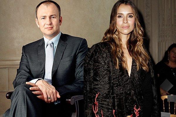 Андрей Мельниченко женат. Его избранница - Сербская модель Александра Николич, которая в 2012-м году подарила олигарху дочь Тару.