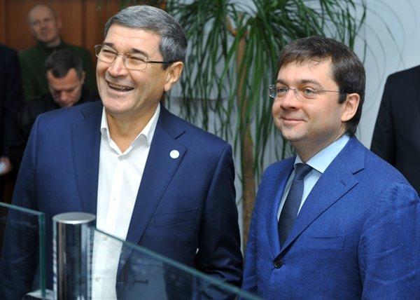 Заместитель министра строительства и ЖКХ РФ Андрей Чибис посетил Тюменскую область