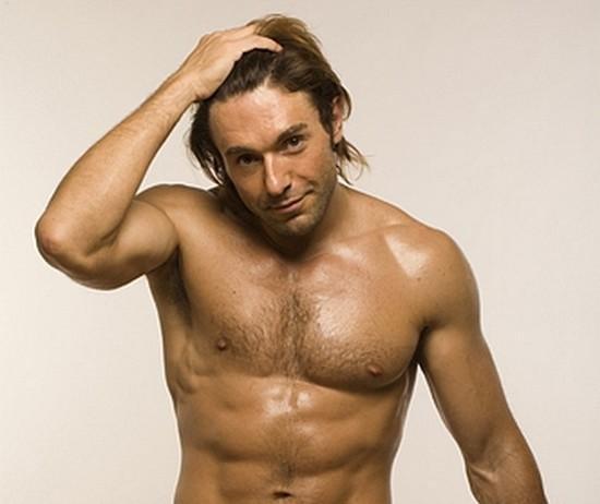 В 2005-м году Малахов в погоне за красивым телом решил попробовать стероиды. Но это едва не стоило ему жизни.