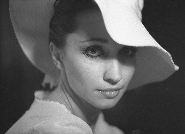 Ирина Аллегрова угонщица