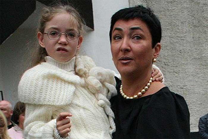 Лолита Милявская и дочь Ева