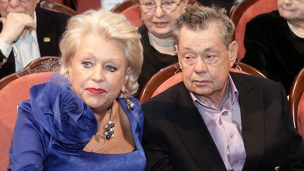 Супруга Караченцова