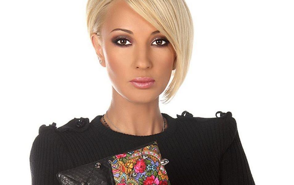 Известная российская телеведущая Лера Кудрявцева