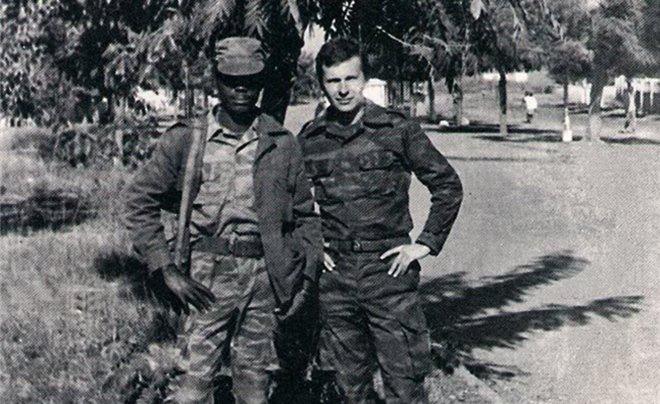 Игорь Сечин в Анголе
