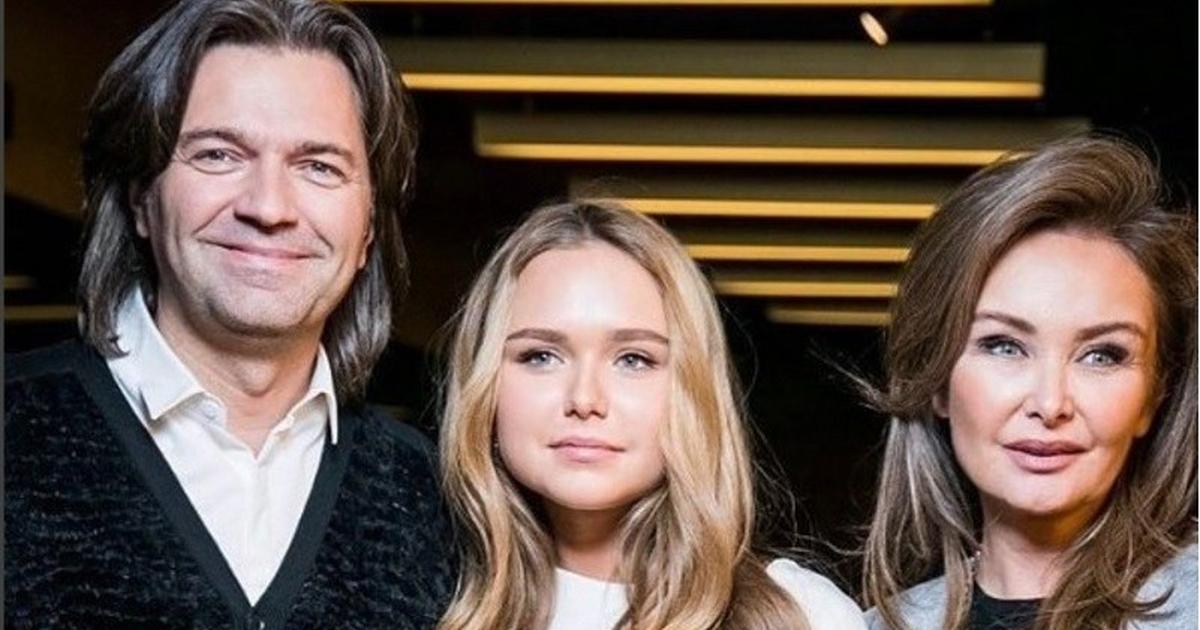Дмитрий Маликов с женой Еленой и дочерью Стефанией