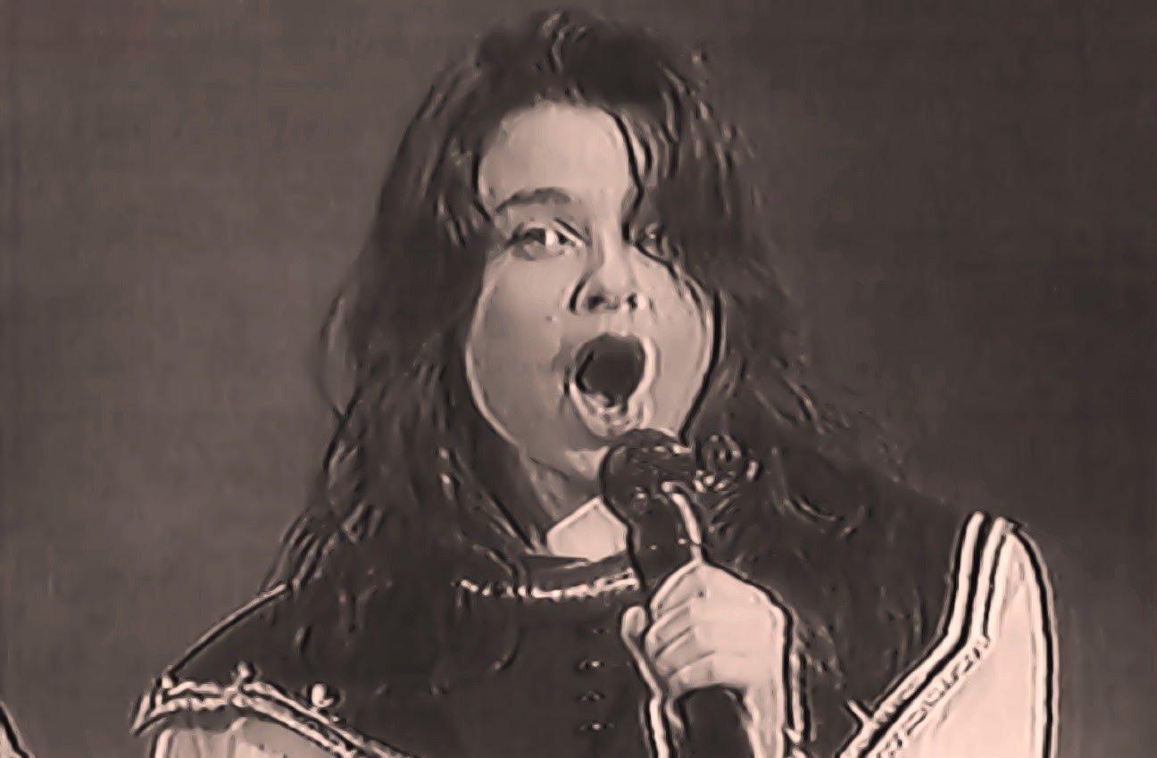 Королёва с юных лет начала петь