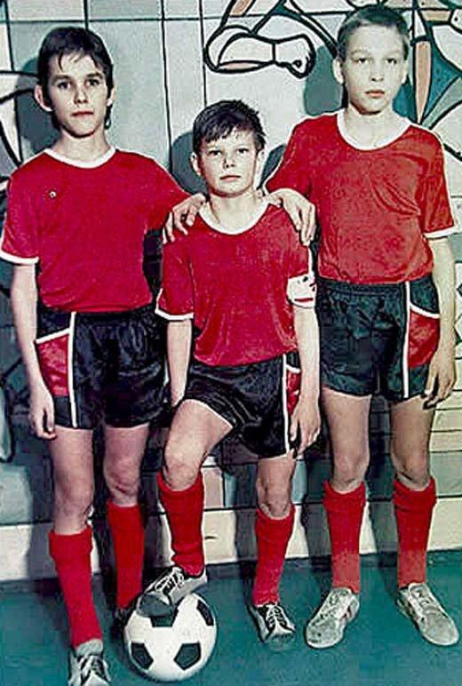Сергей Аршавин (в центре) после тренировки