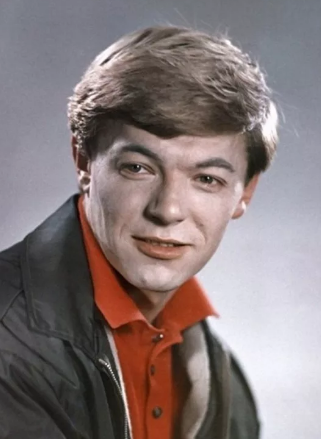 Александр Збруев  в молодости