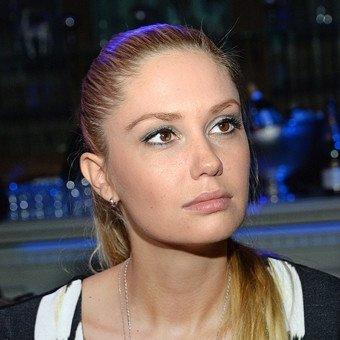 Агата - Латвийская и российская актриса