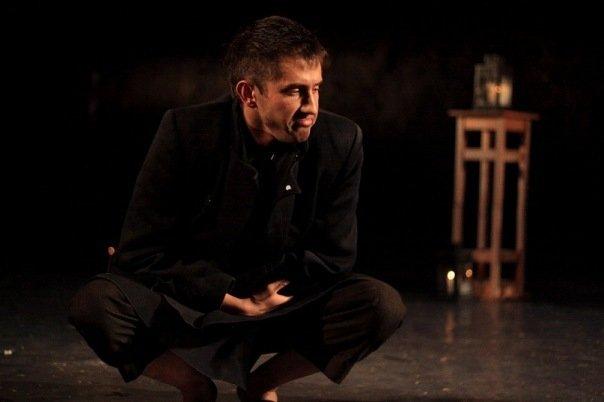 Павел Прилучный на сцене театра