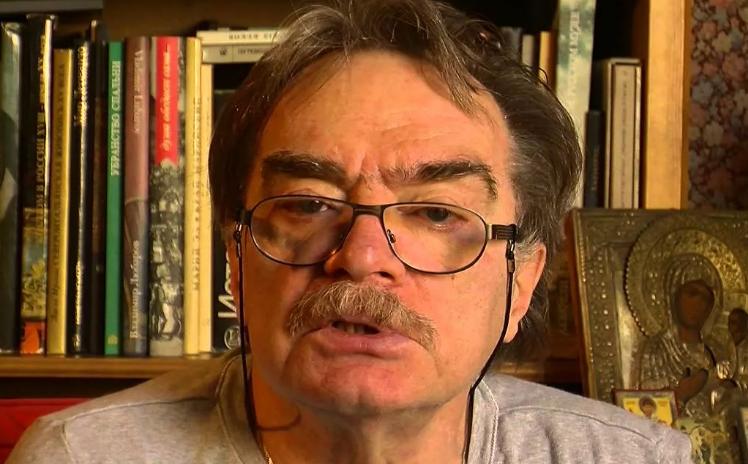 Александр Артёмович Адабашьян - Советский и российский кинодраматург, киноактёр, кинорежиссёр