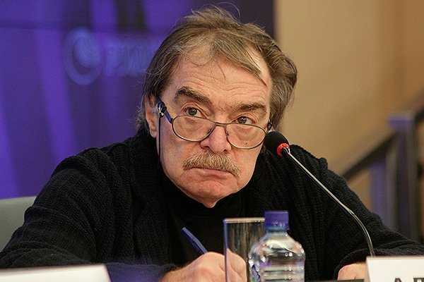 Александр Адабашьян - художник и сценарист множества фильмов