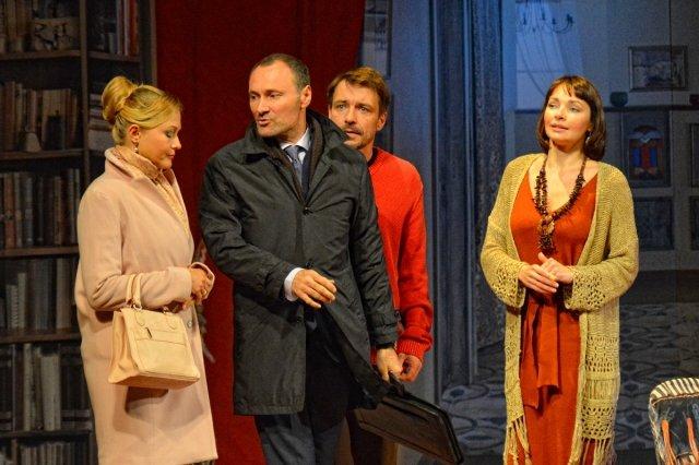 Наталья Антонова на сцене театра