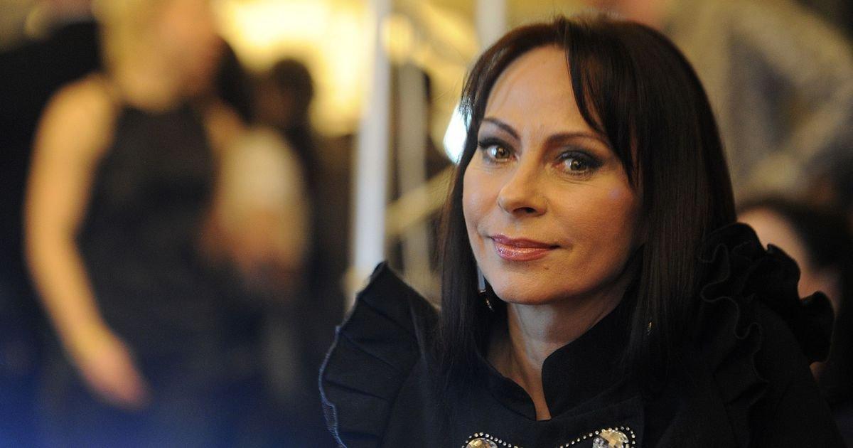 Популярная российская исполнительница Марина Хлебникова