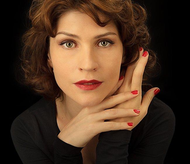 Камынина Светлана Сергеевна - популярная российская актриса театра и кино