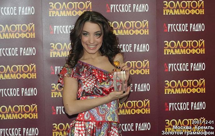 """Виктория Дайнеко получила статуэтку """"Золотой граммофон"""""""
