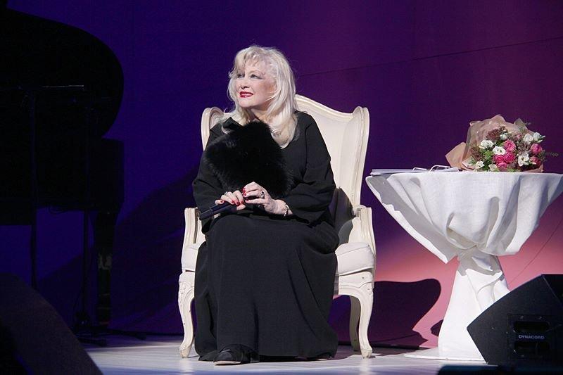 Неподражаемая Ирина Мирошниченко артистка театра