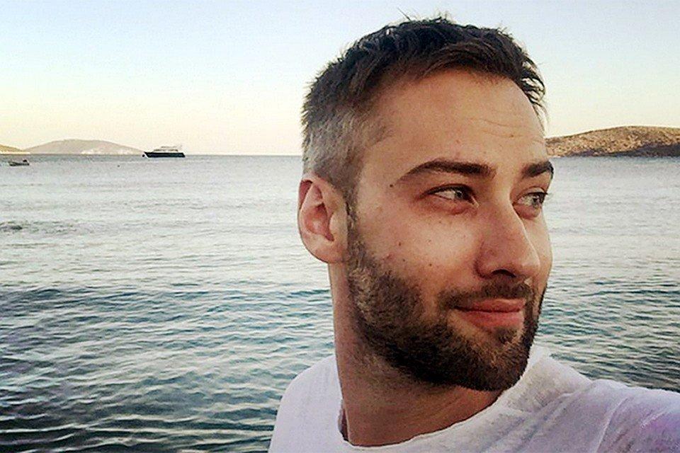 Шепелев c сыном сейчас отдыхает в Греции